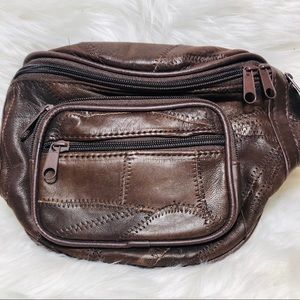 Nice brown leather Multi pocket Fannypack